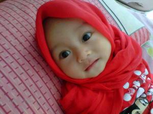 bayi perempuan cantik