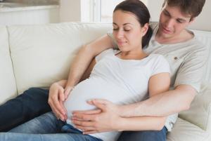 ibu hamil dan keluarga 12